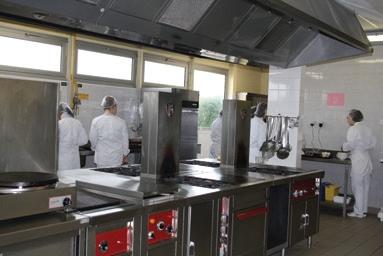 Cap apr lyc e des m tiers paulsen for Employe restauration collective